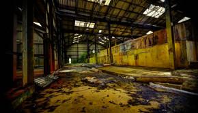 Interior de fabrică dezafectată